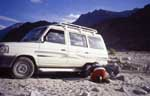 Nubra Valley, Ladakh; some trouble with our land rover
